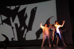 Foto: Giovani Freitas - Espetáculo Tríade - Style (2013)